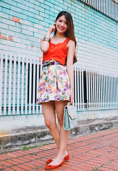 Happy Days Floral Paperbag Skirt in White Florals