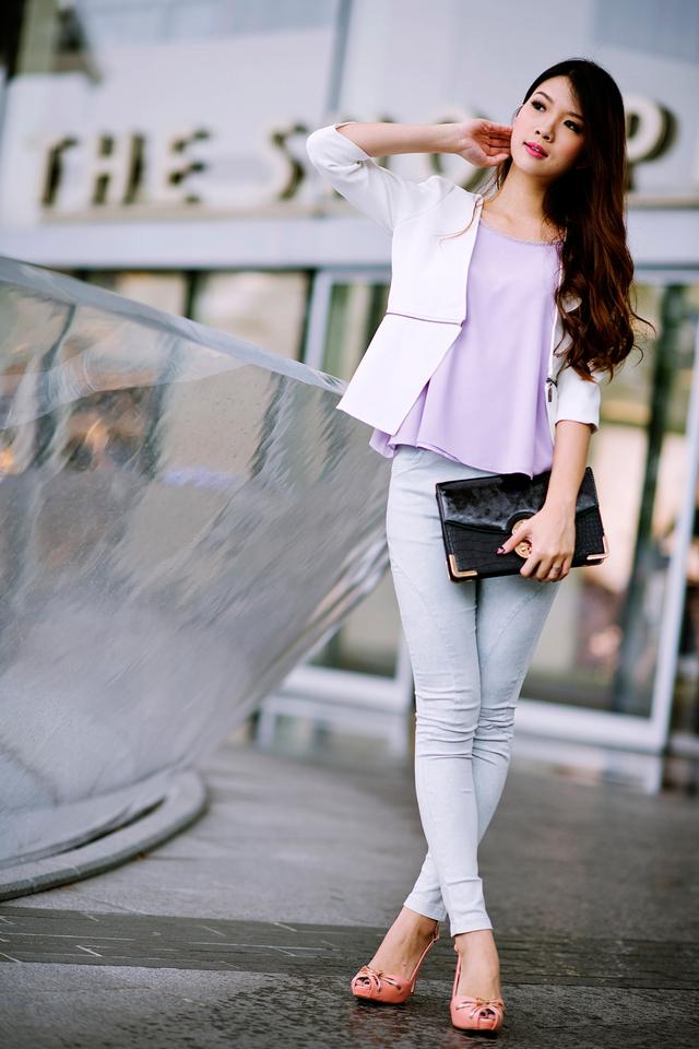 Jillian's Zipped Cropped Blazer in Sleek White