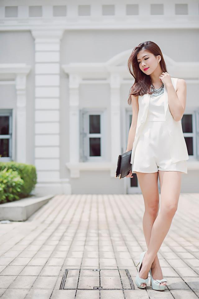 Carlynn Vest in Cream White
