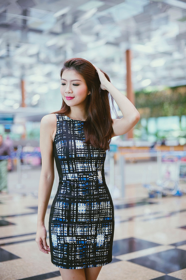 *BACKORDER* Sonia Side Panel Dress in Abstract Prints