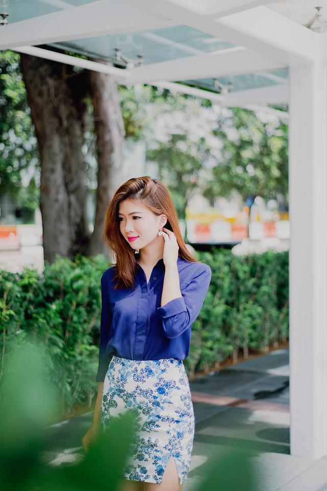 Shanice Floral Side Slit Skirt in White