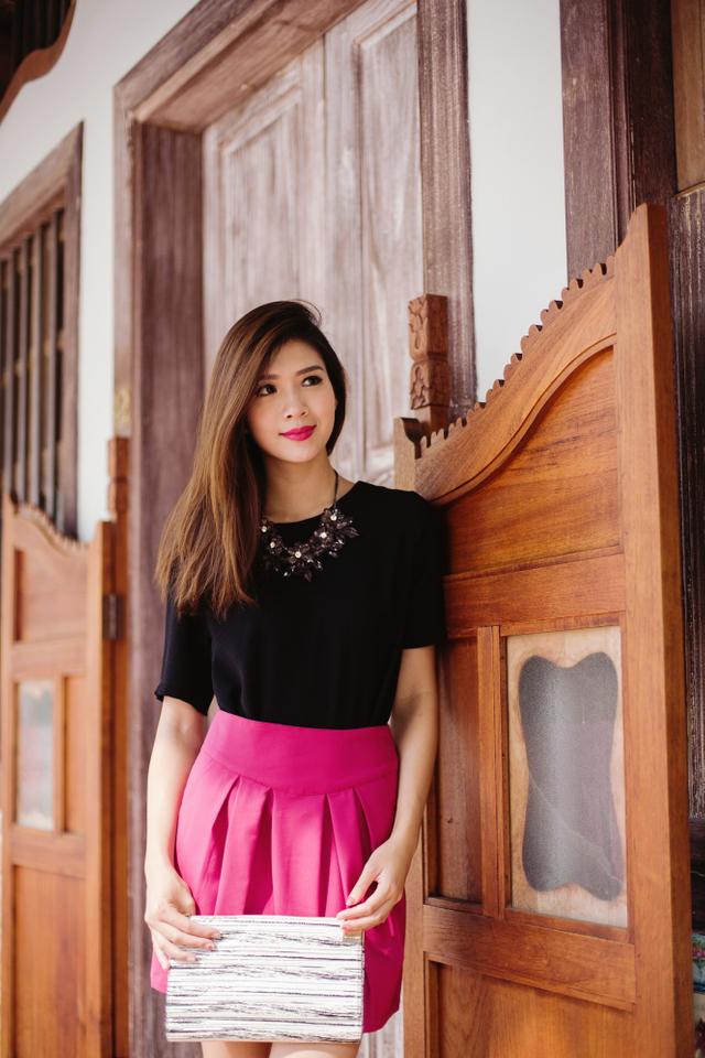 Kelis Pleated Skirt in Magenta