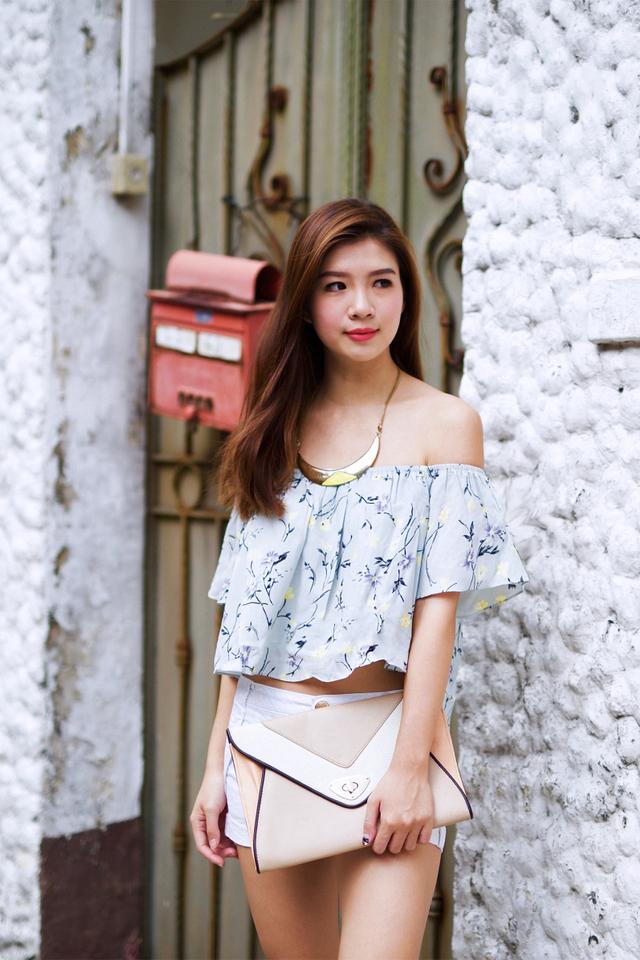 Summer Love Off-Shoulder Top in Mint Florals