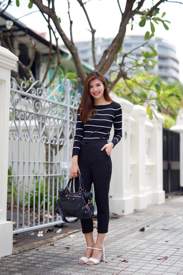 Clare Stripes Top in Black