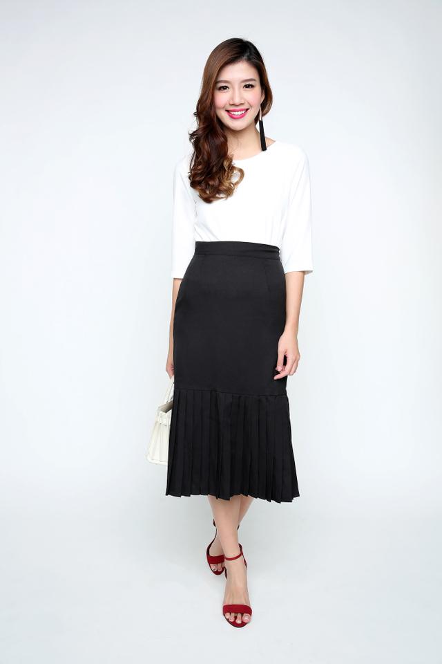 Rachel Mermaid Pleat Hem Skirt in Black