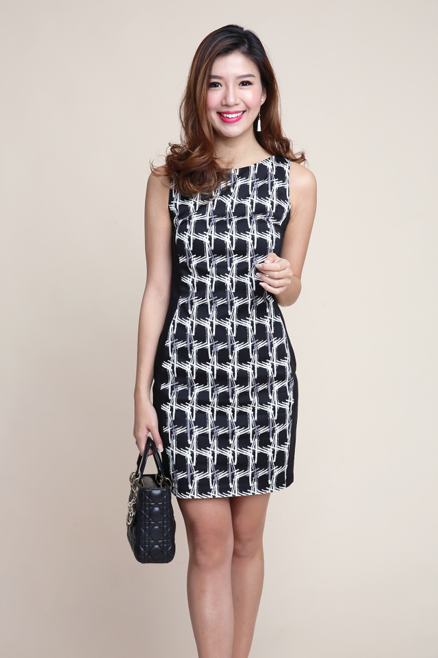 Colette Side Panel Dress in Black Abstract