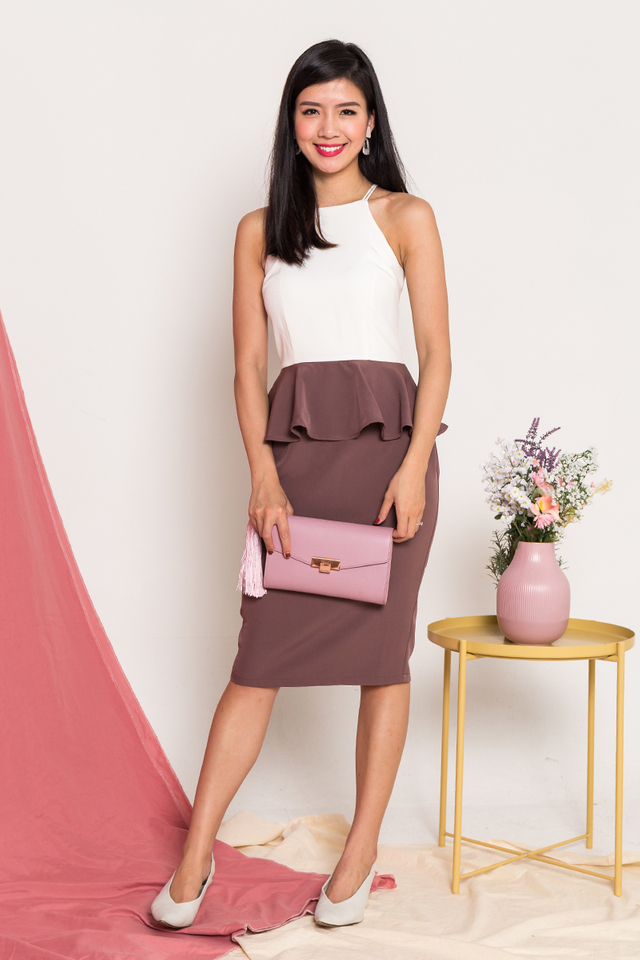 Winning Discovery Dress in White Deep Mauve