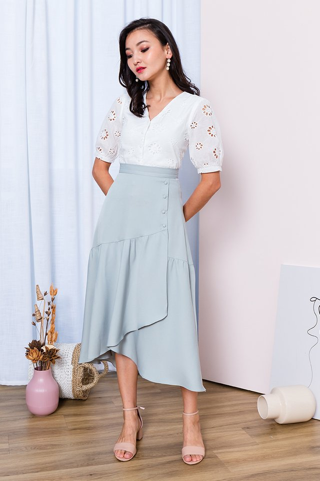 Narcissus Eyelet Top in White