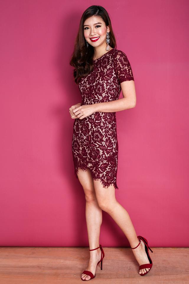 Aurelia Lace Bodyfit Dress in Wine Red