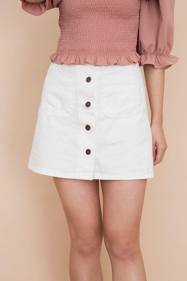 Calla Buttons Denim Skirt in White